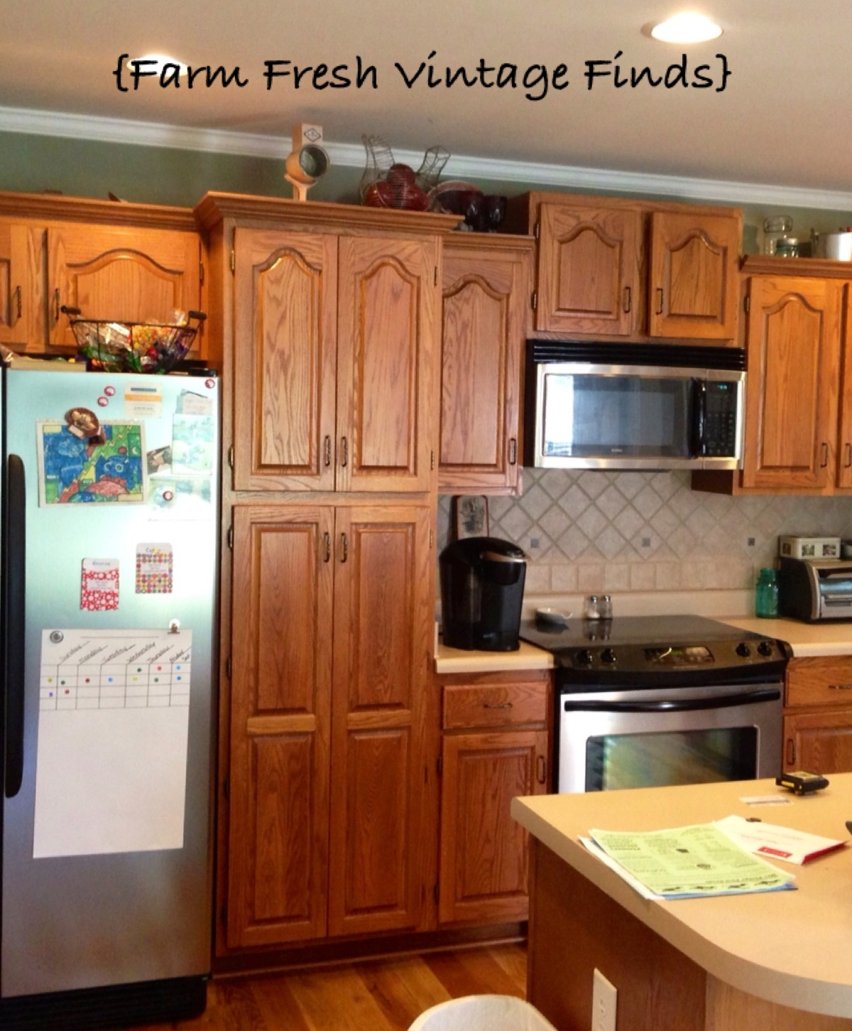 How to paint your kitchen cabinets using annie sloan the for Painting your kitchen cabinets