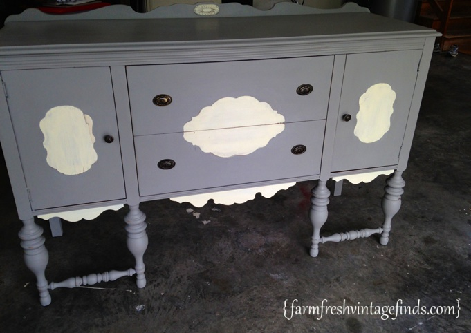 Annie Sloan French Linen Buffet FarmFreshVintageFinds.com