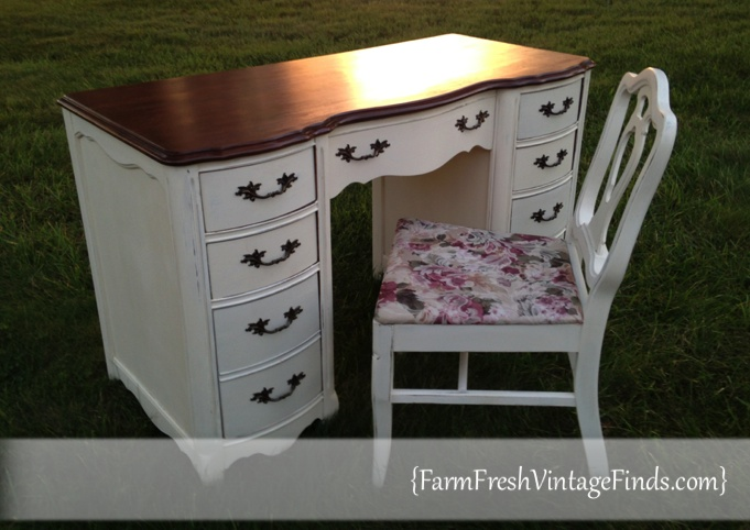 Old White Desk After Paint