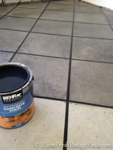 How to Stain a Concrete Garage-4