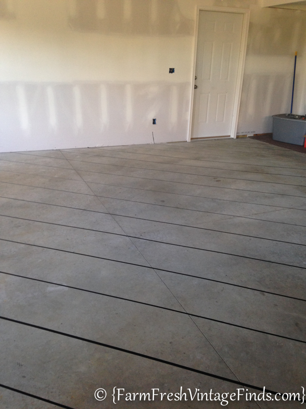 How to Stain a Concrete Garage