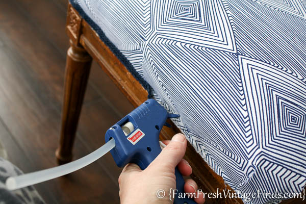 How to Upholster a Bench-10