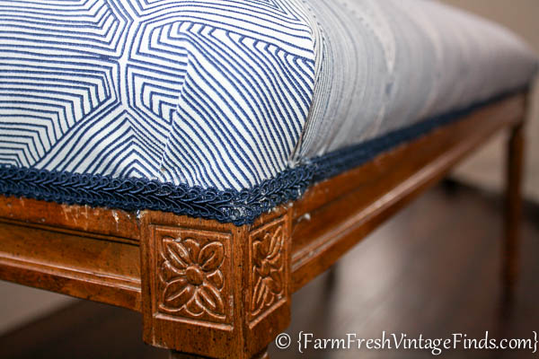 How to Upholster a Bench-17