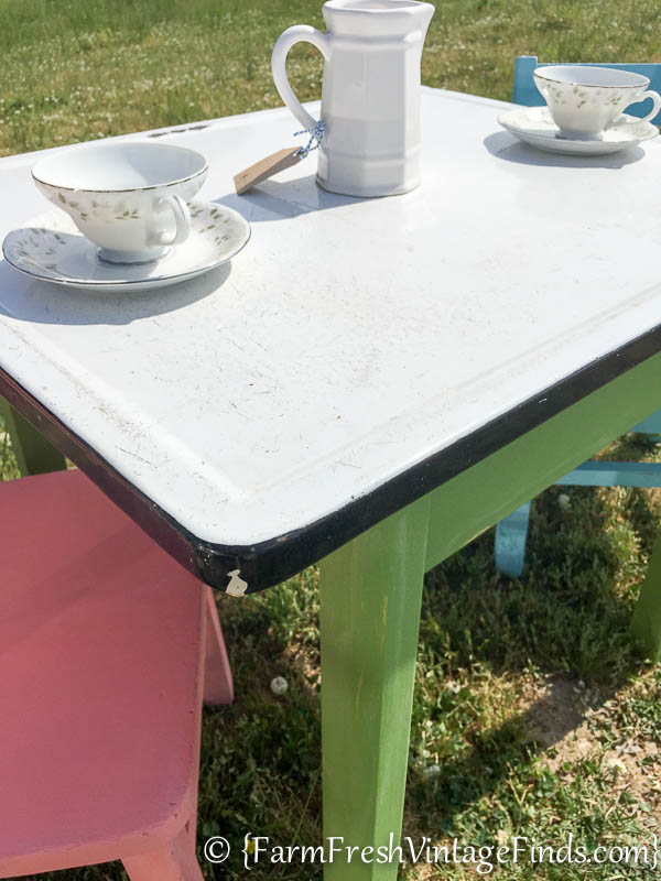 Childs Table and Chairs-14
