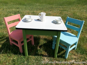 Childs Table and Chairs-6