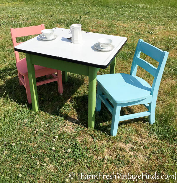 Childs Table and Chairs-9