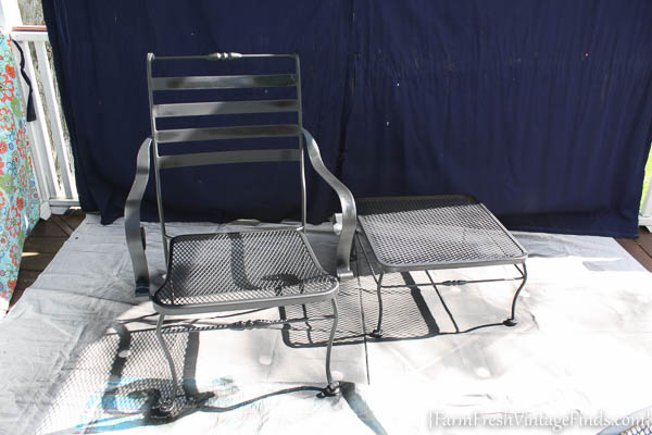 Painted Patio Furniture with the HomeRight Finish Max-17