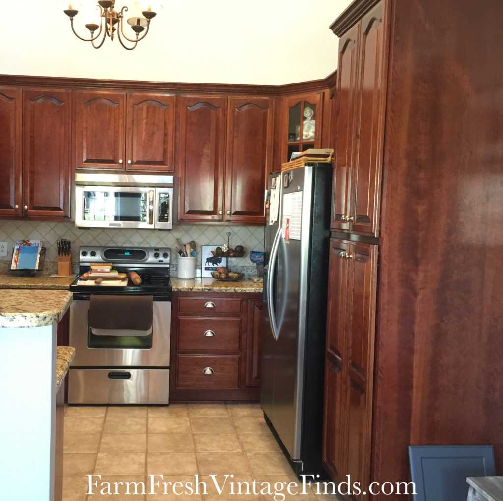 Painting kitchen cabinets with general finishes milk paint for Kitchen cabinet finishes