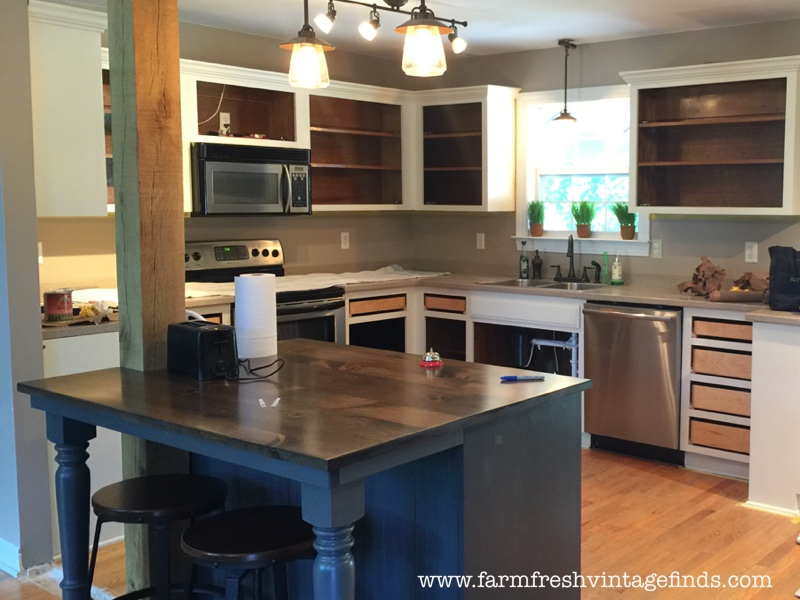 Painting Oak Cabinets 28 Images 25 Best Ideas About Oak Cabinet Kitchen On Painting Oak
