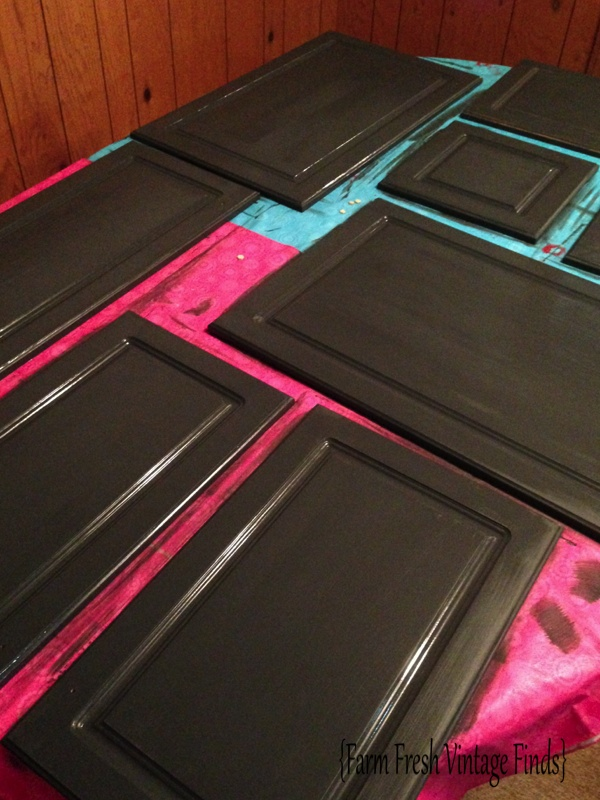 Painting Thermofoil Cabinets With Annie Sloan Part 2 Farm Fresh