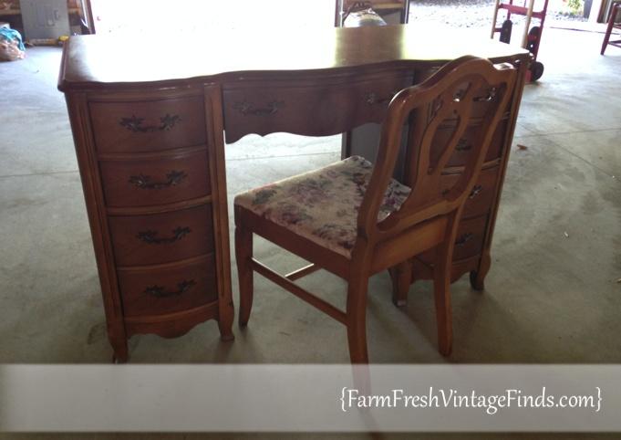 Favorite French Provincial Desk in Old White - Farm Fresh Vintage Finds KN46
