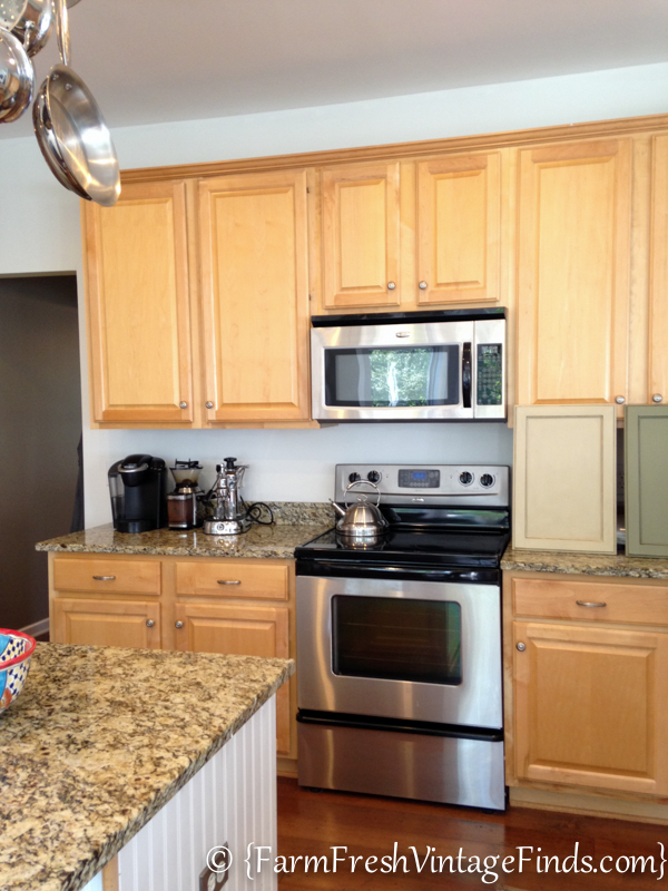 Kitchen Cabinets Painted With HomeRight Finish Max 34