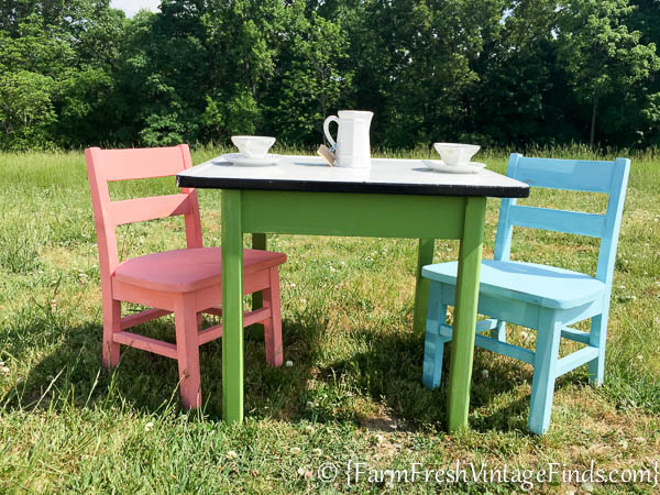 Pleasant Themed Furniture Makeover Day Childs Table Wet Beutiful Home Inspiration Truamahrainfo