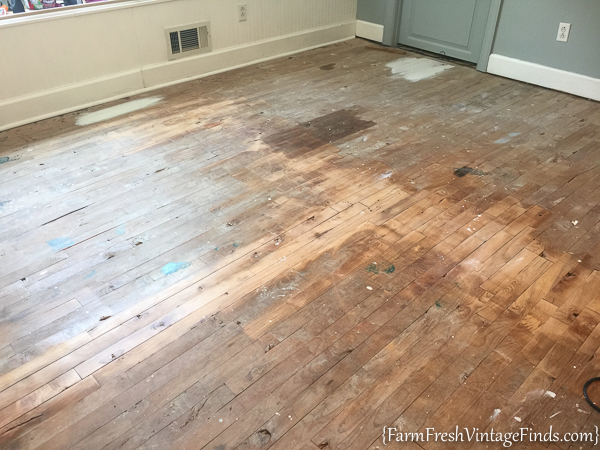 painted hardwood floor 6 - Paint For Wooden Floor